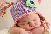 Knit / Crochet: Bambino's Hats / by Michelle Lowrey
