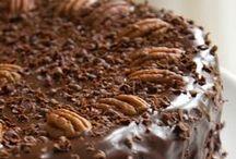 Bolos, bolinhos e tortas doces / by Leticia Ono