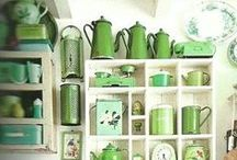 Color Inspiration: Green / It's the color of nature, and a symbol of freshness and renewal. These decor ideas have us green with envy.