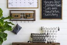 Get Organized / Get Organized Board: How to Organize, Organizing, Storage Ideas,  Organization Hacks, Organization Tips, Organized Life, Organizing, How to Organize, Organized Life, Decluttering Tips, Declutter motivation, declutter home, declutter ideas, decluttering, declutter your life, how to declutter
