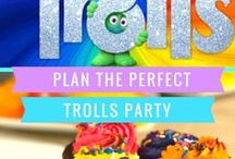 Trolls Party Ideas / Trolls. Sing. Dance. Laugh. Repeat! The Perfect Trolls Party with Party Mode bonus feature.  Just add these fun food ideas, music, dancing, games and you have the perfect party or family movie night.  #bringhomehappy, #familymovienight #dreamworkstrolls ad