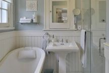 Bathrooms / If it is a great idea to organize or decorate a bathroom or powder room, you'll find it here!