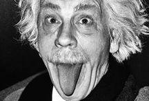 """news skriba * sandro miller / Il fotografo americano Sandro Miller, ispirato dal volto di John Malkovich, ha ricreato gli scatti più importanti del Novecento per rendere omaggio ai maestri che lo hanno ispirato in più di trent'anni di carriera. Il progetto, iniziato nel 2013, si intitola """"Malkovich, Malkovich, Malkovich: Homage to photographic masters""""."""