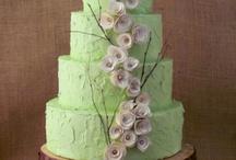 Cakes / by Lizz B