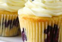 Wild Blueberry Cakes and Cupcakes