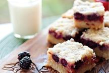 Desserts / by Carolyn Krieger