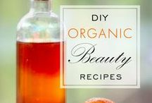 Natural/Home Made Beauty Products  / by Lindy Hobbs