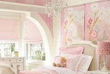 Children's Rooms & Nurseries / by Patricia Polzin