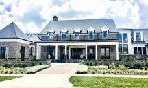 Estate Farmhouse / #mcfarlandbuilds #ericrossinteriors #thegrove #groveliving #dreamhouse #luxurious