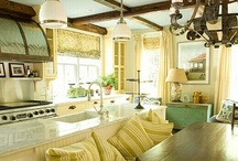 kitchens / by Lynnette Griffith