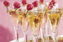 Mixologie / #cocktails  #boissons  / by C. Marie Cline