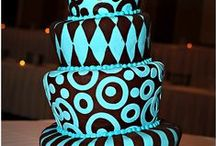 Cake decorating ideas / by Renee Lumio