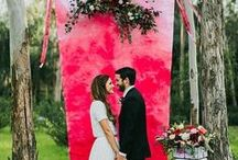 Wedding Floral Backdrops / Inspiration for wedding ceremony looks!