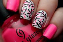 Hair, Nails & Make-up.. Oh my! / Hair styles, cuts & colors ~ make-up ideas ~ nails! / by Drea Potts