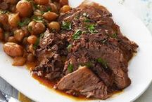 Slow Cooker Recipes / With easy preparation and delicious results, slow cooker recipes welcome you home to the comfort of a warm, tasty and home-cooked meal. It's no wonder these are some of our most in-demand recipes.