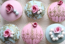 Cupcakes / by Vancouver Mommy