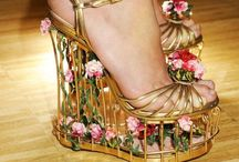 click your heels three times... shoes i adore. / by Ngaire Bartlam