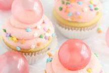 Cuppy Cakes / Bring out your inner cupcake goddess self with these tasty recipes! / by Keeley McKendree