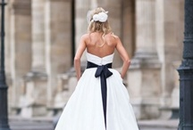 Black and White / Classic elegance :: Wedding, reception, details :: Travel, fashion, accessories for the bride and groom. / by Carol Kent
