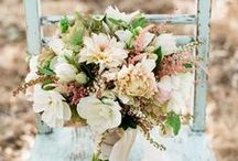 Floral / A board dedicated to amazing floral arrangements.