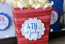 4th of July Craft Ideas / Show your patriotic side with these fun ideas for the 4th of July! #paper #crafts #cardmaking #4thofjuly #scrapbooking