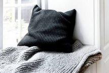 k n i t t i n g / knitting / stricken