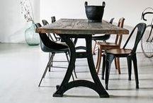 Ambiances / Idées de décoration intérieure orientée mobilier ancien et mélange ancien/moderne.