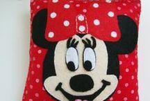Cojín de Minnie Mouse en Fieltro