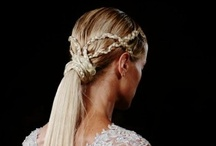 Hair & makeup / Beauty ideas—primarily from the glossies and the runway—including hair, makeup, and nails / by Lara