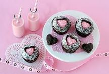 Valentine's Day / Craft tutorials, recipes and decoration ideas for celebrating love.