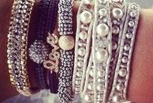 Jewels / by Alisha Newall