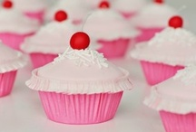 Cupcakes / by Sherry Hebert