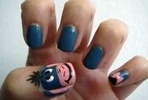 Fingernail degins  / by Avery Carlson