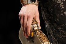 Clutch It..!!! / by Maria Renata Leto