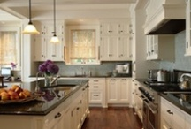 Kitchen Ideas for new house / by Elizabeth Civitci