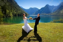 Heiraten im Berchtesgadener Land / Es gibt doch nichts Schöneres, als direkt am Urlaubsort zu heiraten - fernab vom Alltag, um im Honeymoon diese wunderbaren Momente zu genießen. Das Berchtesgadener Land bietet in seinen drei Regionen viele Orte, um diese ganz besondere Zeit unvergesslich werden zu lassen!
