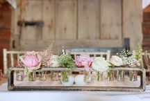 Flower centrepieces / Different floral centrepiece ideas, whether it's big or small