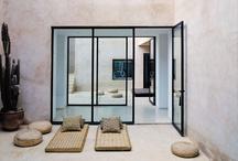 b*: open(ed) / Doorways  windows  thresholds