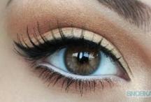 make up <3 / by Trinity Rojas