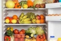 Food storage tips and tricks / by Trinity Rojas