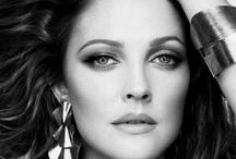 Celebrities / by Galina Khalafalla