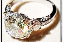Wedding Bands & Engagement Rings / by Molly Thompson