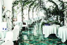 Interior. Restaurant. Bar.