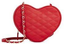 I love you - Date Night / Love is in the air <3 Romantische Outfits in der Farbe der Liebe für ein unvergessliches Date <3