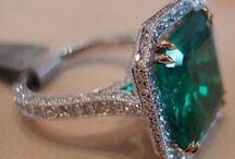 Jewelery box / by Sevara Sobhani