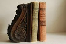 Bookends / by Elves Dreams