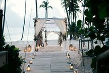Luxe Minimalism / Wedding inspiration for couples who agree that less is more.