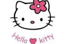 I LOVE HELLO KITTY / by Queen Bee Carrie