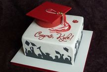 Graduation Cakes / by Jenniffer White