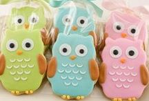 Cookies  / Oh yum! And what a sight to see on a party table or in a loot bag! The best #cookies to make yourself! Or some just to admire from a distance!